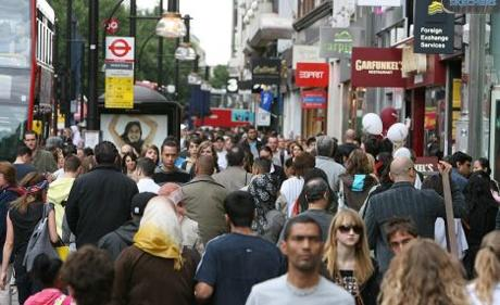 Widespread discounting drives down UK shop prices