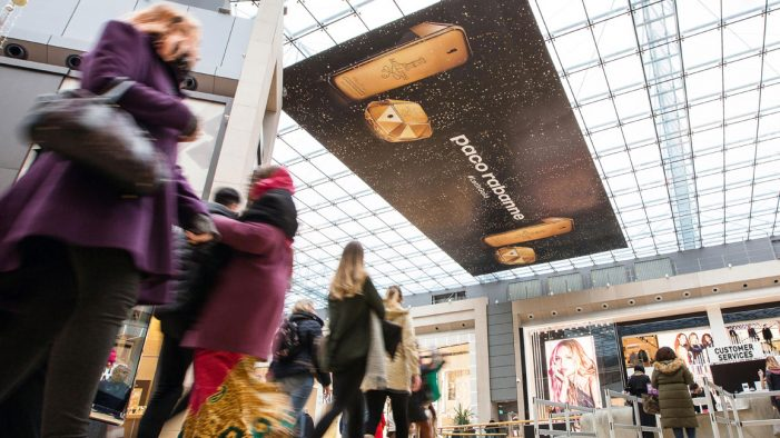 Paco Rabanne and Limited Space #LetItGold with largest advertising installation in UK shopping centres