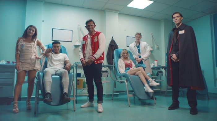 Love Island Stars get their teeth into Halloween Campaign for NHS Blood and Transplant